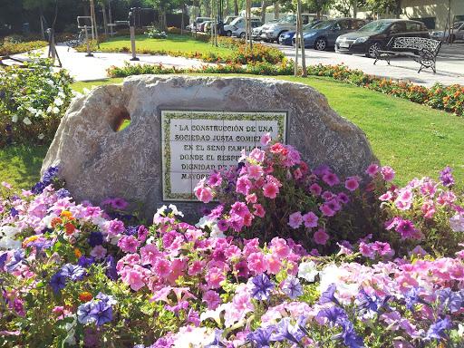 Plaza Homenaje al Mayor