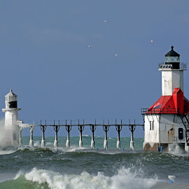 St. Joseph North Pier Lights by Norm Dunlap - Buildings & Architecture Other Exteriors ( michigan, lake michigan, waves, lighthouse, st. joseph )