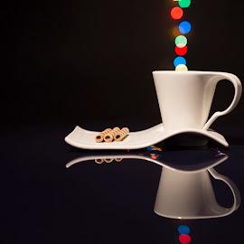 by Mitat Özkan - Artistic Objects Cups, Plates & Utensils