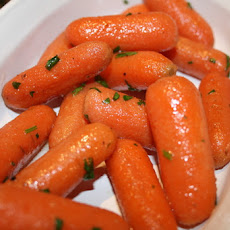 Quick-Braised Carrots With Butter