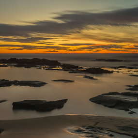 Sunrise at Bellambi Point by Bradley Rasmussen - Landscapes Waterscapes ( water, waterscape, bellambi, ocean, sunrise )