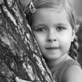 hugging a tree by Julian Markov - Black & White Portraits & People ( o'fera )
