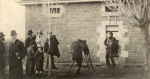 Joe Byrne's body propped up against a brick wall of the Benalla Police Station having been transported from the Glenrowan gun battle with Ned Kelly.