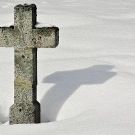 Knížecí Pláně by Miloš Stanko - Landscapes Weather ( kříž, sníh,  )