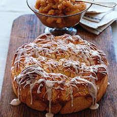 Cinnamon Sweet Rolls with Apple Mash