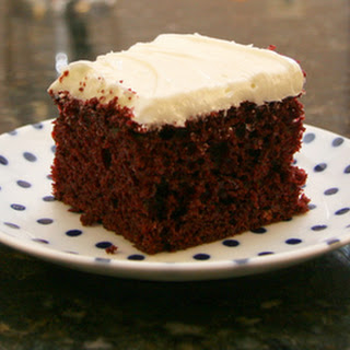Easy Red Velvet Cake With Cream Cheese Frosting