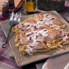 Chicken and Creamy Garlic Sauce