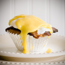 Cupcakes Benedict – Maple Cupcakes Topped with Black Forest Bacon, Poached Eggs, and Maple Hollandaise Sauce