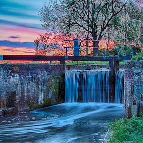lock by Kev Bates - Landscapes Waterscapes ( water, hdr, lock, long exposure, landscape )