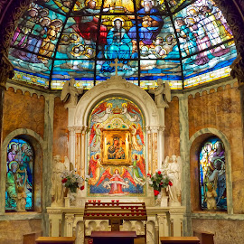 Church of the Redeemer by Alan Roseman - Buildings & Architecture Places of Worship ( redeemer, alphabet city, new york, nyc, worship, stained glass )
