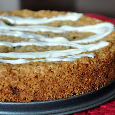 Iced Oatmeal Raisin Cookie Pie