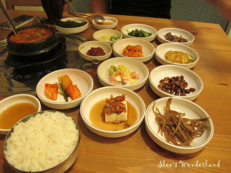 Banchan rice bulgogi bbq house malaysia food for Food bar kota damansara
