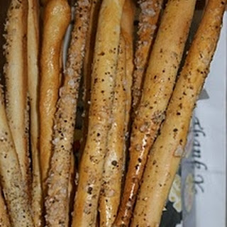 On the fifth day of Christmas The Pink Whisk sent to me….Party Breadsticks