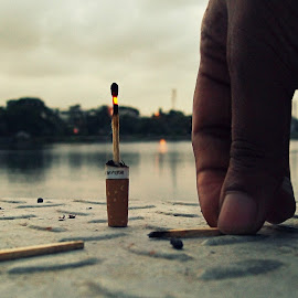 Experimental by Partha Majumder - Novices Only Objects & Still Life ( cigarette, still, artistic objects, objects, fire )