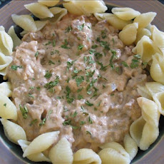 Thick and Creamy One Pot Beef Stroganoff