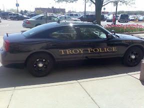 Samochod policyjny Troy