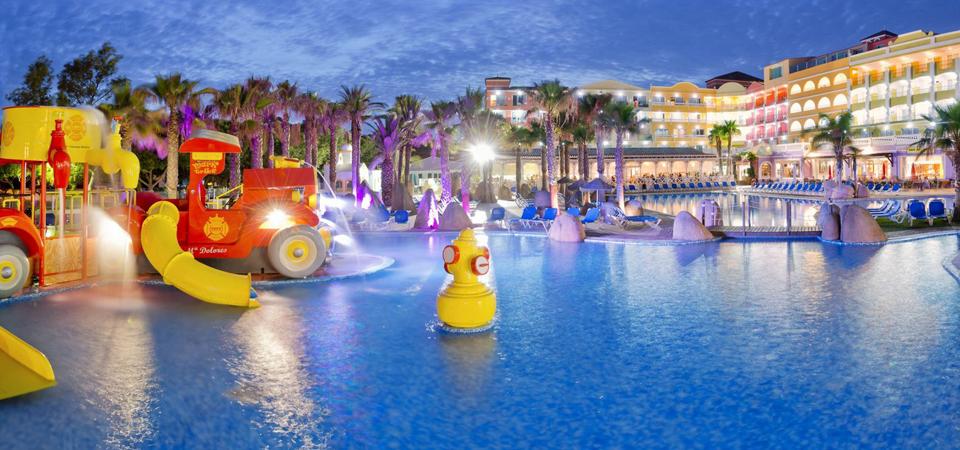 Hotel mediterr neo park roquetas de mar costa de almer a for Hoteles con piscina en almeria