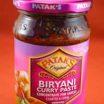 Crockpot Chicken Curry with Patak's Sauce