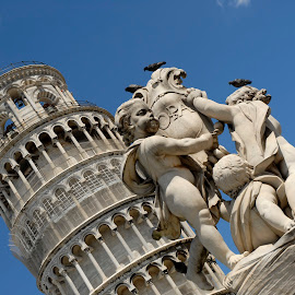 The Leaning Tower by Simon Harding - Buildings & Architecture Statues & Monuments ( tower, leaning, nikon d200, simon harding, pisa, italy )