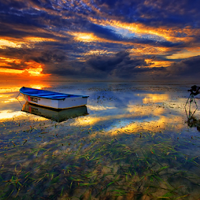 One on One by Hendri Suhandi - Landscapes Sunsets & Sunrises ( bali, sanur, beach, sunrise )