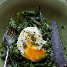 Green Beans with Almond Pesto