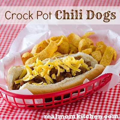 Crock pot Chili Dogs