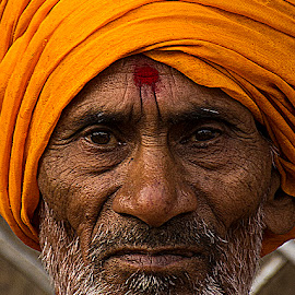 Hari Kaka by Rakesh Syal - People Portraits of Men