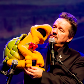 Terry Fator & Winston! by Fred Herring - People Musicians & Entertainers