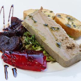 Liver starter  by Katerina Galkina - Food & Drink Plated Food ( starter, chicken liver, plums, liver, marmelad )