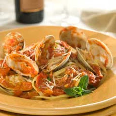 Linguine With Spicy Red Clam Sauce