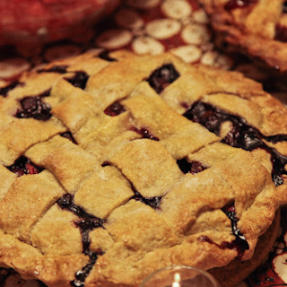 Boozy Blueberry Cherry Red Wine Pie