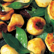 Sautéed Jerusalem artichokes with garlic & bay leaves