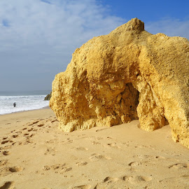 Beautiful rock by Gil Reis - Nature Up Close Rock & Stone ( clouds, sand, sky, nature, sea, travel, portugal, rocks, sun )