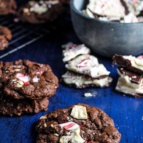 Chocolate Peppermint Bark Chip Cookies