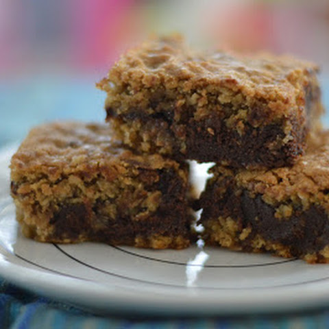 Deep Dish Oatmeal Cookie Bars