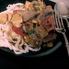 Steak Stir-Fry With Mixed Mushrooms-Tomatoes