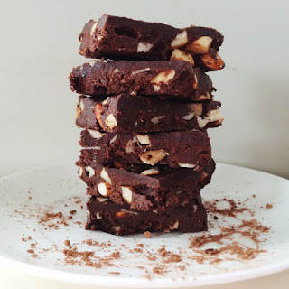 Rich Cacao Raw Vegan Brownies