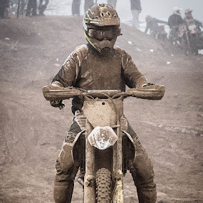 winners dont do laundry by Guy Henderson - Sports & Fitness Motorsports ( motorcycles, mud, motorbike, motocross, motorsport )