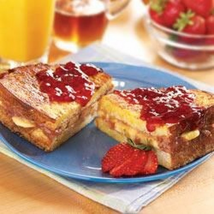 Peanut Butter, Berry & Banana Stuffed French Toast