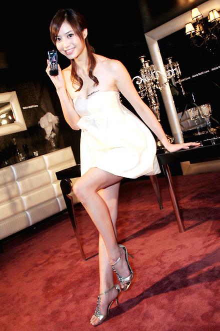 gadis bugil, artis dan model bugil, foto mahasiswi cantik, abg smu ngentot, toket perawan, memek gadis imut