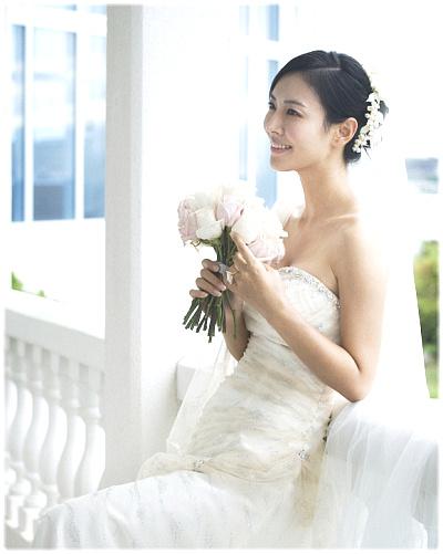 Kim So Yun (김소연) Wedding Dress Photos