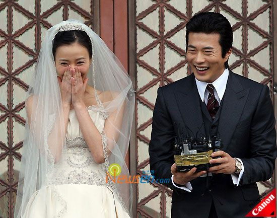 Kwon Sang-woo and Son Tae-young wedding Photos