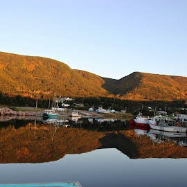 ~~~ Beautiful Bay St. Lawrence .~~~(06 Oct., 2014) by Charlotte MD McLellan - Novices Only Landscapes