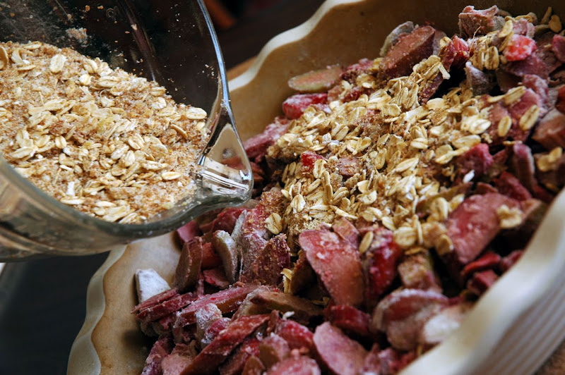 ... Skinny Gourmet: Healthier Fruit Crisp Topping (with a hint of ginger