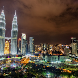 Petronas Towers by Israr Shah - City,  Street & Park  Night ( petronas, twin towers, malaysia )