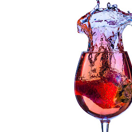 Splash! by Timothy Hopkins - Food & Drink Alcohol & Drinks ( slash, drop, juice, glass, strawberry )