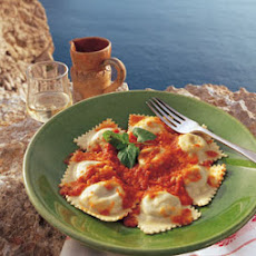 Potato and Cheese Ravioli with Fresh Tomato Sauce