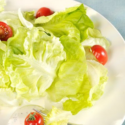 Boston Lettuce Salad with Buttermilk Ranch Dressing