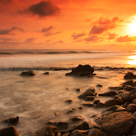 beautiful Sunset by Ananda Duha - Landscapes Sunsets & Sunrises ( laut, langit, matahari, pantai, batu )