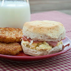 Creamy Egg and Biscuit Sandwiches